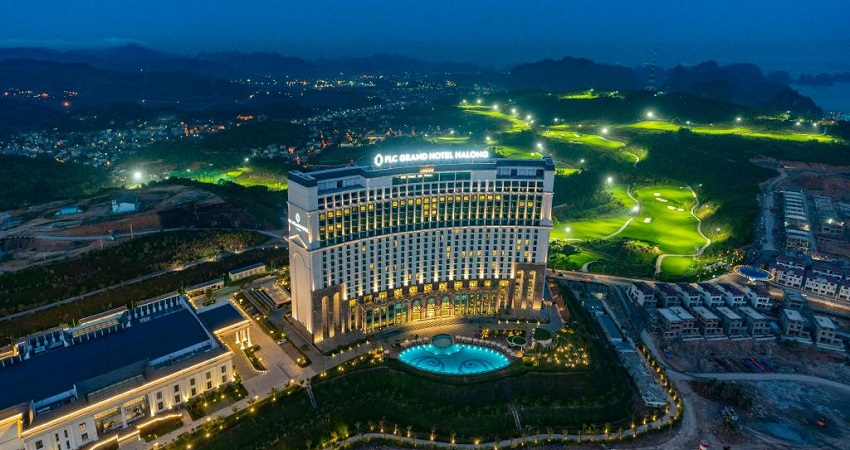 Khách sạn cách ly - FLC Hạ Long Bay Golf Club & Luxury Resort