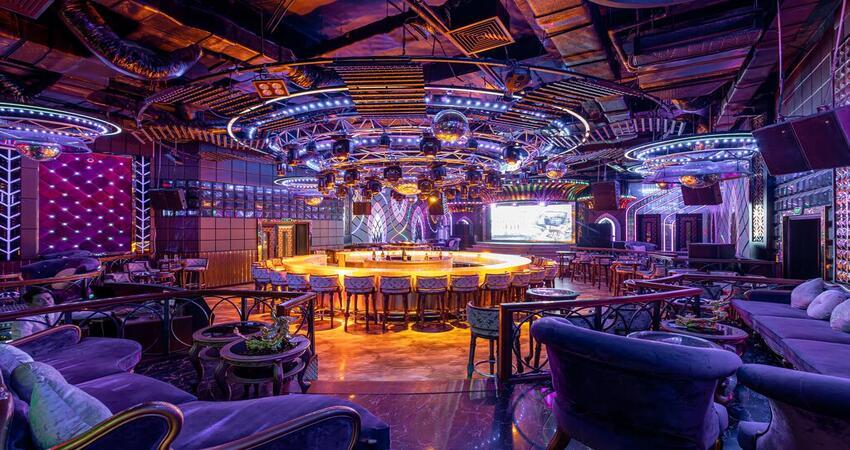 Quầy bar hiện đại