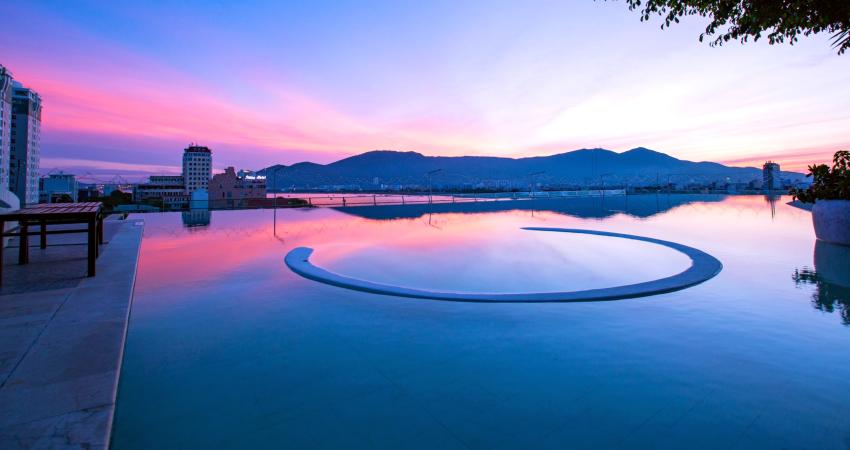 Hồ bơi thoáng đãng
