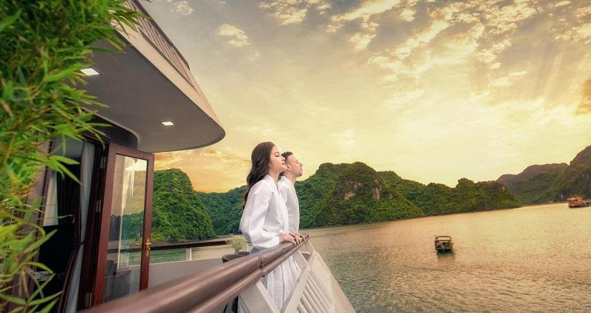 Du Thuyền Dora Cruise Hạ Long
