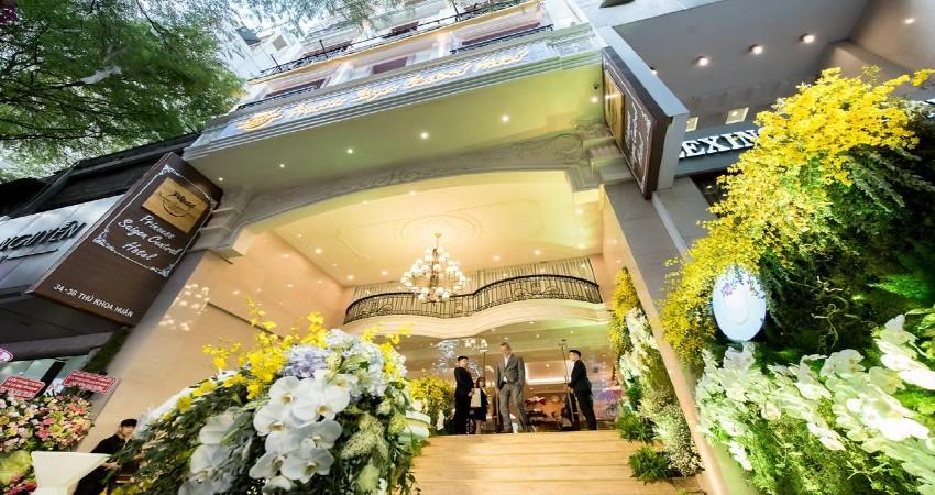 Khách sạn Nesta Saigon Central