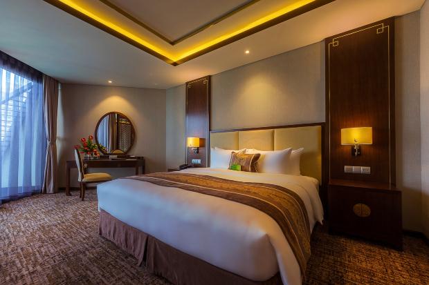 Khách sạn Royal Beach Boton Blue Hotel & Spa Nha Trang