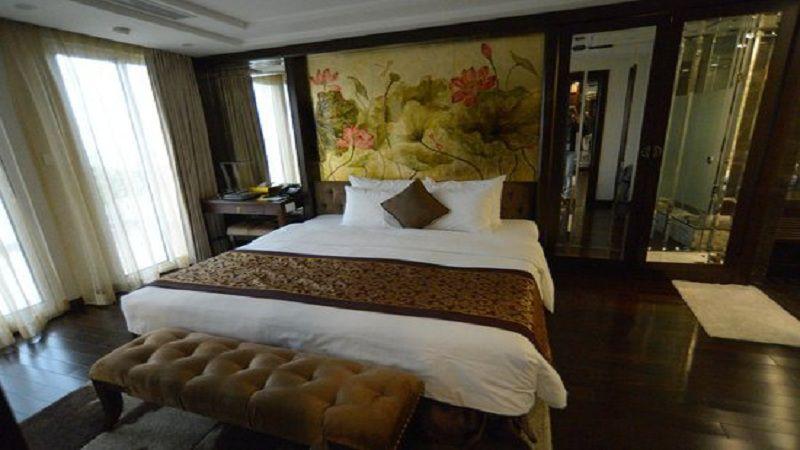 Khách sạn Golden Silk Boutique