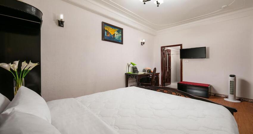Khách sạn Little Diamond Hà Nội